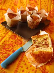 Sticky Figs and orange Muffins interno